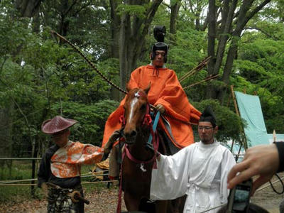 何やらこの馬、やけに興奮気味だったような……