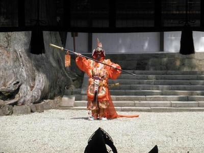 菖蒲祭奉納舞楽『散手』