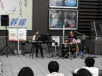 17日、近鉄奈良駅前