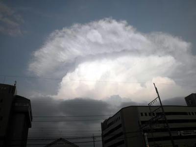 8月10日、西の空の雲