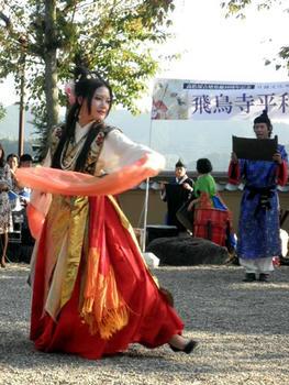 蘇我馬子による飛鳥寺建立の宣言と舞姫