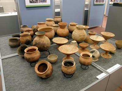薩摩遺跡出土の土器群