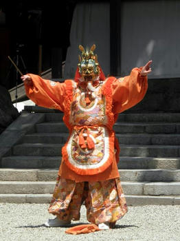 奉納舞楽『蘭陵王』