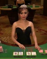 オンラインカジノ 大規模ライブカジノ 美人カジノディーラー