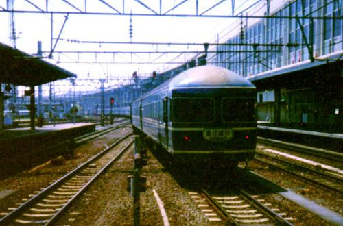 事故で迂回中の「あけぼの」が仙台駅を通りますよ。