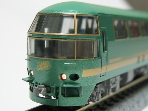 キハ71・1 ヘッドライト