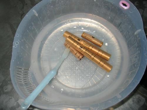 真鍮キット洗浄中