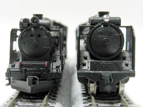 左:リアルラインのD51 右:KATOのD51