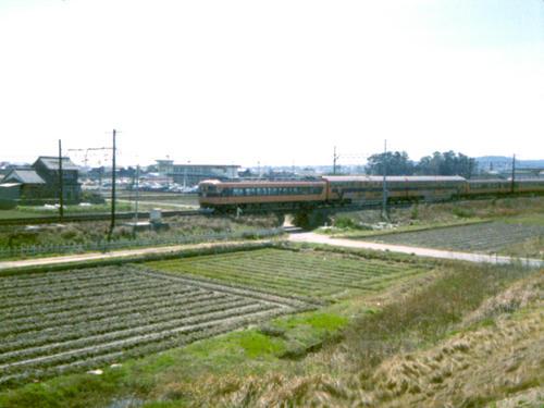 近鉄30000系ビスタカーIII世