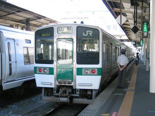 従来からある仙山線・719系0番台
