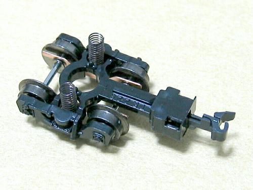 TR223台車(カトーカプラーNに換装済み)