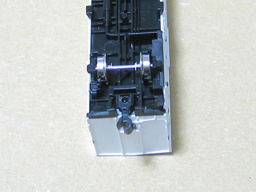 加工後のEF66前期形ナックルをマウントした状態