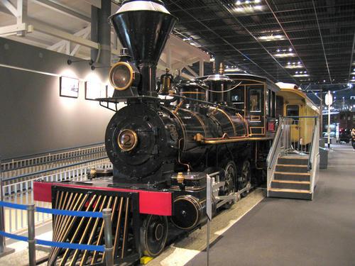 7100形式機関車(弁慶号)