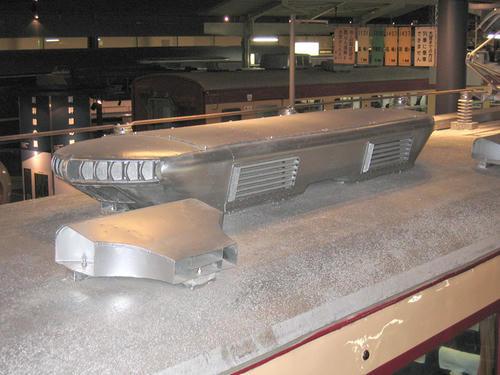 モハ484の屋上機器