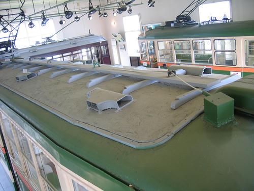 モハ100型(123号車)・屋上