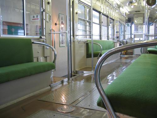 モハ400型(415号車)・室内