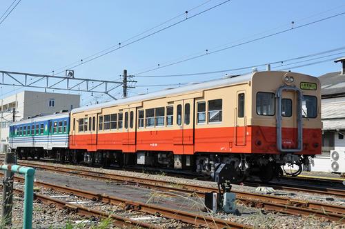 キハ30-98(右)+キハ37-1002(左)・その2