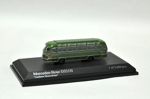 "MINICHAMPS:Mercedes-Benz O321H バス 1957 ""Aachener Strassenbahn"""