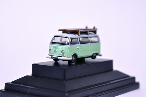 OXFORD:VW Minibus(Birch Green/White)