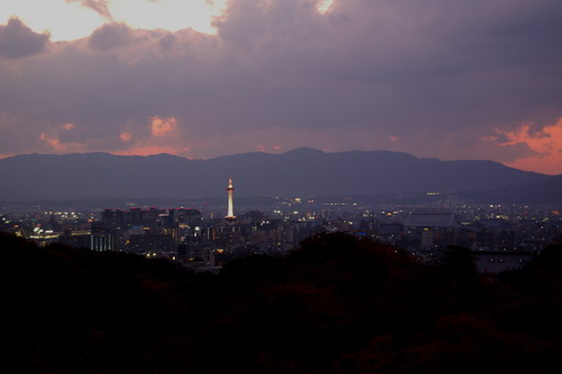 120206kyototower