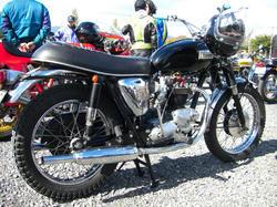 トライアンフ T120R 1964