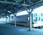 亀山行き鈍行の汽車
