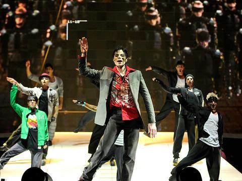 リハーサル中のマイケル、2009年