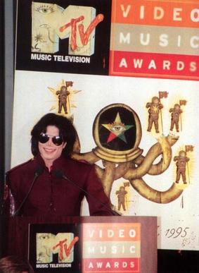 1995年、マイケル・ジャクソン、MTV VMA