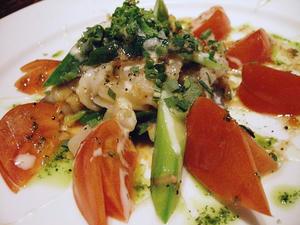 フルーツトマトと貝類のサラダ