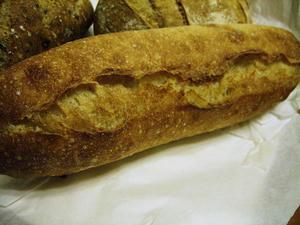 なんだかパン