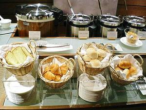 パンもごはんも味噌汁もスープも