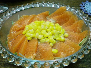 サーモンサラダ