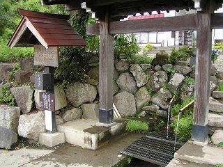 080826_1224_龍興寺清水(木島平村)