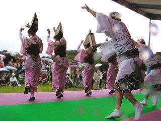 080921_1201_大田区役所「くすのき連」の皆さんによる阿波踊り