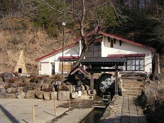 081221_1233_龍興寺清水(木島平村)