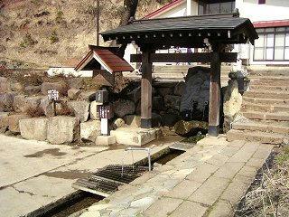 0903021_1348_龍興寺清水(木島平村)