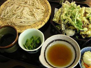 090607_1443_霧下蕎麦 仁の蔵(信濃町)