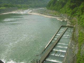 020616_1257_西大滝ダム(飯山市)