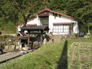 091004_1427_龍興寺清水(木島平村)