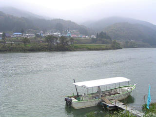 091018_1003_西大滝ダム湖遊覧船(飯山市)
