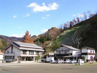 091115_1143_富倉の富倉ふるさとセンター・かじか亭(飯山市)