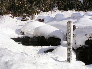 091223_1200_龍興寺清水(木島平村)