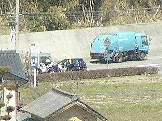 100327_1109_信州新町で事故(長野市)