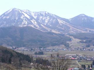 100425_1159_木島平村原大沢地区からの風景(木島平村)