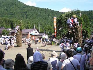 100718_1550_小菅神社柱松柴燈神事(飯山市)