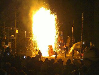 101002_2111_七久里神社秋季例祭宵祭「裸まつり」(飯田市)