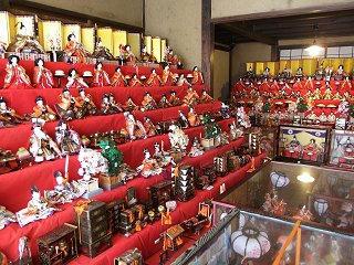 100129_1230_三十段飾り 千体の雛祭り(須坂市)