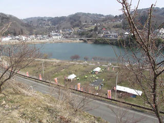 110402_0925_信州新町「ろうかく梅園花まつり」(長野市)