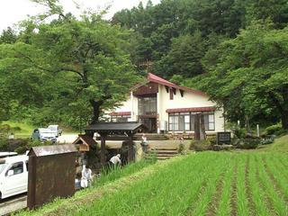 110626_1108_龍興寺清水(木島平村)