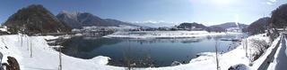 111224_1140_3_冬の高社山と千曲川(飯山市)